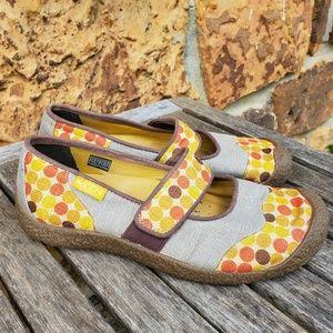 KEEN Harvest Maryjane Slip On Shoes size 9